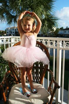 Little Ballarina